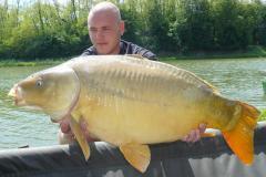 P1500139 (13.32 kg)