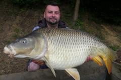 P1270389-15.9-kg6