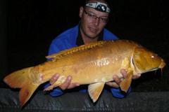 P1520502 (4.48 kg) 40.
